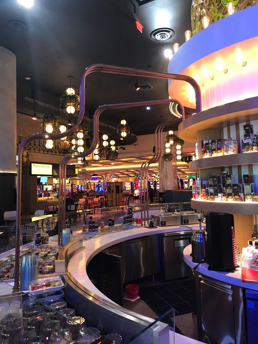 Resorts-World03-res